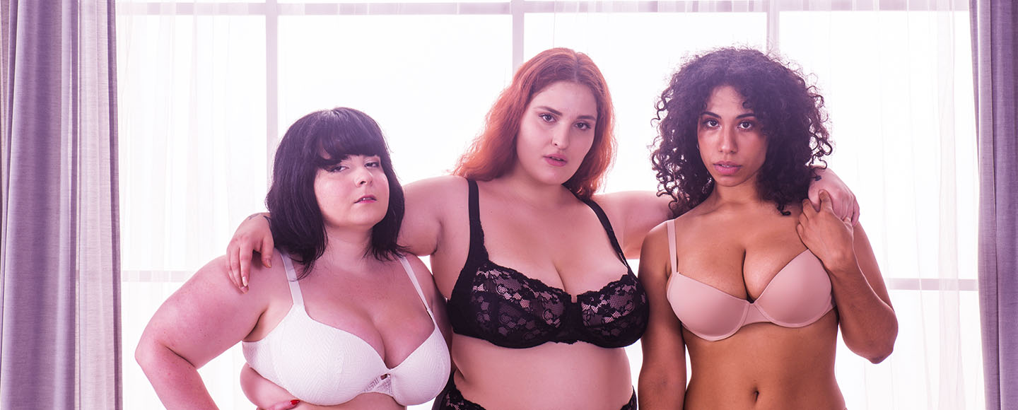 I Cup Bra Size & Breast Examples