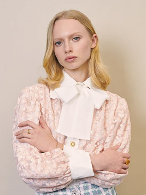 Dreamnet Embroidered Bow Blouse